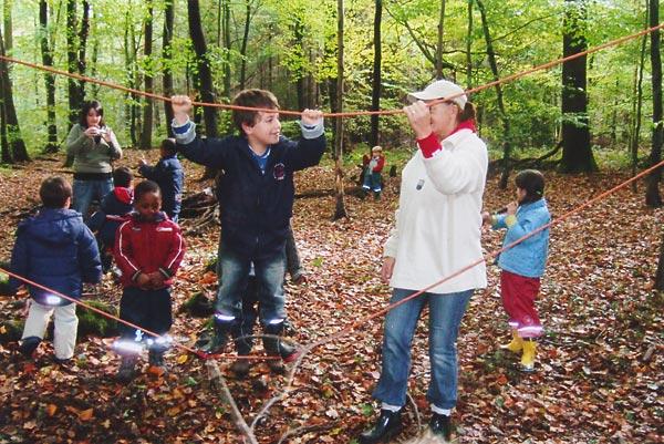Erlebnispädagogik im Wald